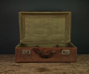 briefcase-923847_640-pixabay